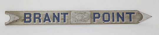 141-3271 Wooden Hand Painted Brant Point Arrow Sign A_MG_2737