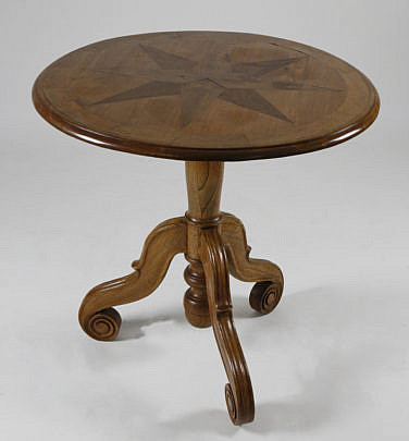 17-4890 Blonde Mahogany Nautical Star Inlaid Side Table A_MG_2967