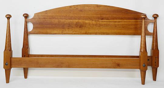 19-4890 Swift King Cherry Mushroom Bed A_MG_2906