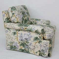 26-4890 Floral Upholstered armchair A_MG_2850