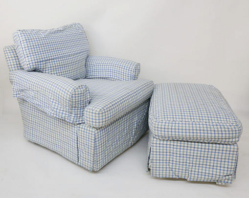 31-4890 Checkered Armchair and Ottoman A_MG_2806