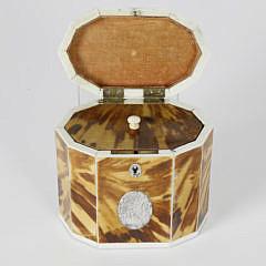 18th c. George III Tortoiseshell Single Compartment Tea Caddy