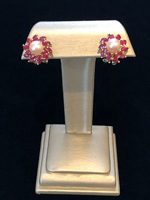 185-4800 Pearl and Ruby Earrings IMG_4020