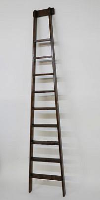 2-4890 English Elm Loft Ladder A_MG_4331