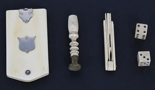 2348-955 our Miscellaneous Whale Ivory and Whalebone Gentleman's Accoutrements A_MG_3307