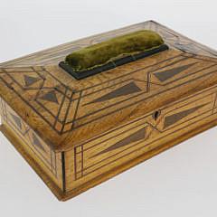 2352-955 Sailor Made Mahogany Sewing Box A_MG_3910