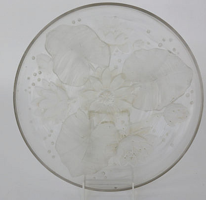 285-4800 Verlys Frosted Glass Water Lilly Embossed Shallow Bowl A_MG_3765