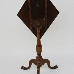 18th c. American Chippendale Mahogany Diamond Shaped Tilt Top Stand