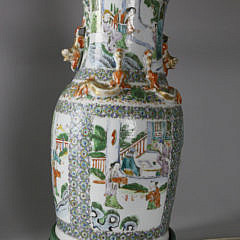 Chinese Export Famille Verde Vase Mounted as Lamp, circa 1830