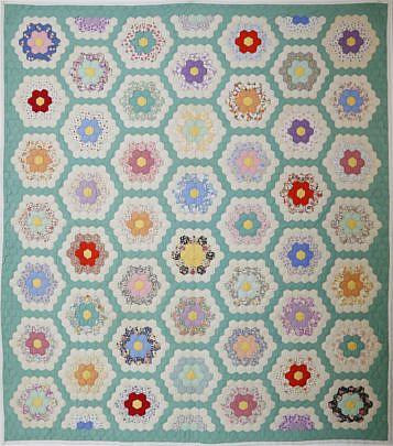 41093 Grandmothers Flower Garden Patchwork Quilt A_MG_3570