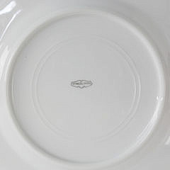 Set of Ten Sea Cliff Inn Nantucket Porcelain Dinner Plates, circa 1920