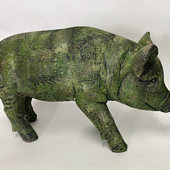 Composition Green Mossy Pig