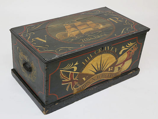 14-4898 Nautical Decorated Trunk A_MG_5154