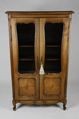 24-4892 French Fruitwood China Cabinet A_MG_4902