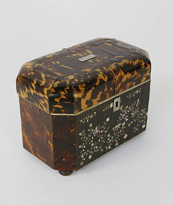 402-3771 Tortoiseshell with Mother of Pearl Inlay Tea Caddy A_MG_5472