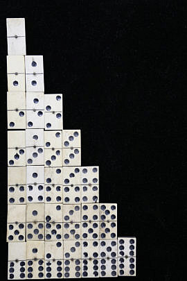 563-1865 French Double Six Bone and Ivory Dominoes A_MG_5704