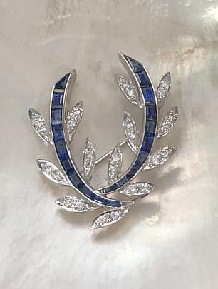 9-2404 Diamond Sapphire Brooch A IMG_5276