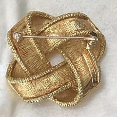 Tiffany & Co. 18k Yellow Gold Ribbon Twisted Brooch