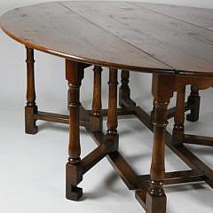 English Oak Oval Gateleg Dining Table
