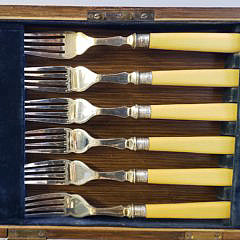 English Boxed Set of 19th Century Fish Knives and Forks
