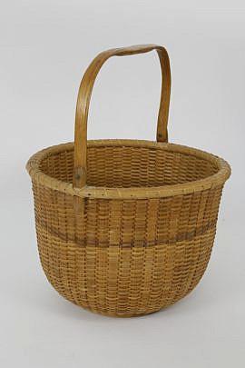 2-4758 Reyes Open Swing Handle Basket A_MG_8418
