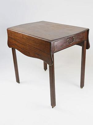 589-3394 English Pembroke Table A_MG_8583