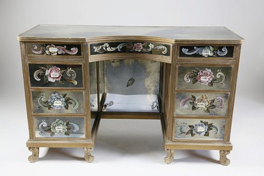 62-4426 Mirrored Dressing Table A_MG_8635