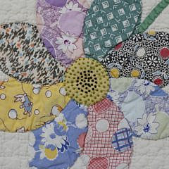 Daisy Applique Quilt with Floss Details, circa 1930s