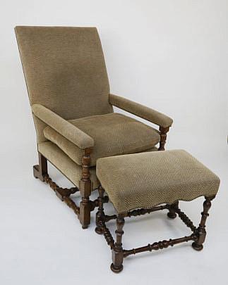 116-4735 English Oak Arm Chair A_MG_9142