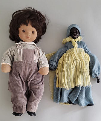 13 14-4788 Two Dolls A