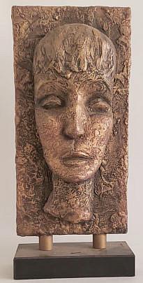 289-3394 Face Sculpture A