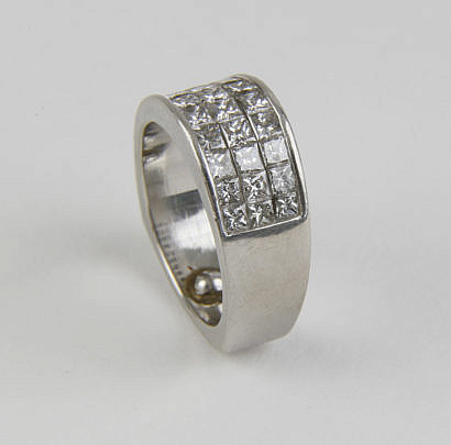 50-4419 Diamond Ring A_MG_8942
