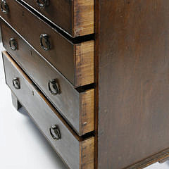 Chippendale English Oak Bachelor's Chest of Drawers, circa 1800