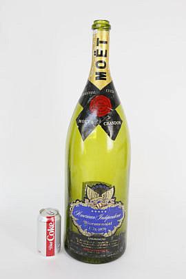 55-4878 Moet Bicentennial Champagne Bottle A_MG_8757